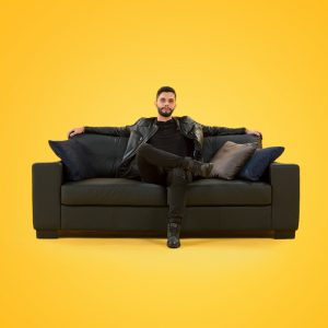 sofa_playhard